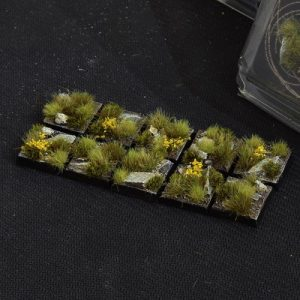 Gamers Grass   Battle-ready Highland Bases Highland Square 20mm (x10) - GGB-HLSq20 -