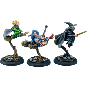 Micro Art Studio   Discworld Miniatures Discworld Three Witches on brooms (3) - D02900 - 5900232352302